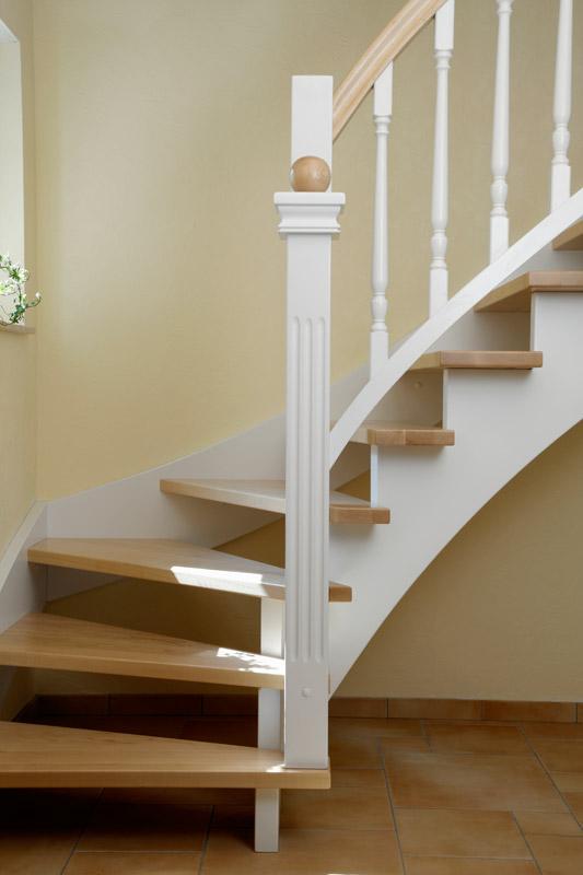 holztreppen nach ihren w nschen treppenbau tegethoff paderborn. Black Bedroom Furniture Sets. Home Design Ideas